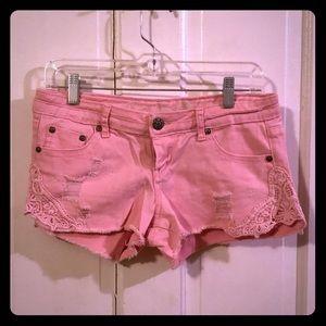 Vanilla Star pink jean short shorts, crochet, GUC